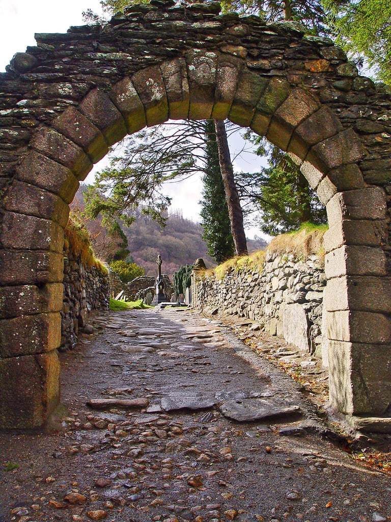 Walking through the Arch to discover Irish History