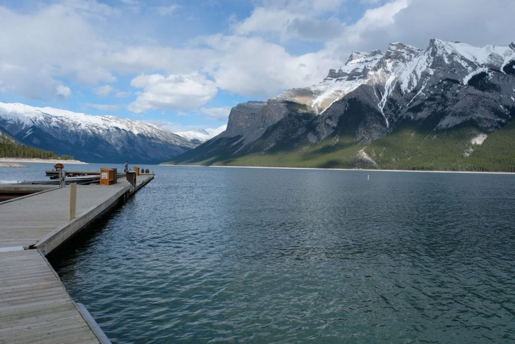 Cruise on Lake Minnewanka: - Canadian rockies road trip