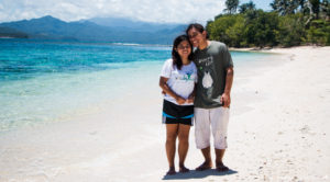 Tara lets anywhere - Incredible Couple Travel Bloggers To Follow