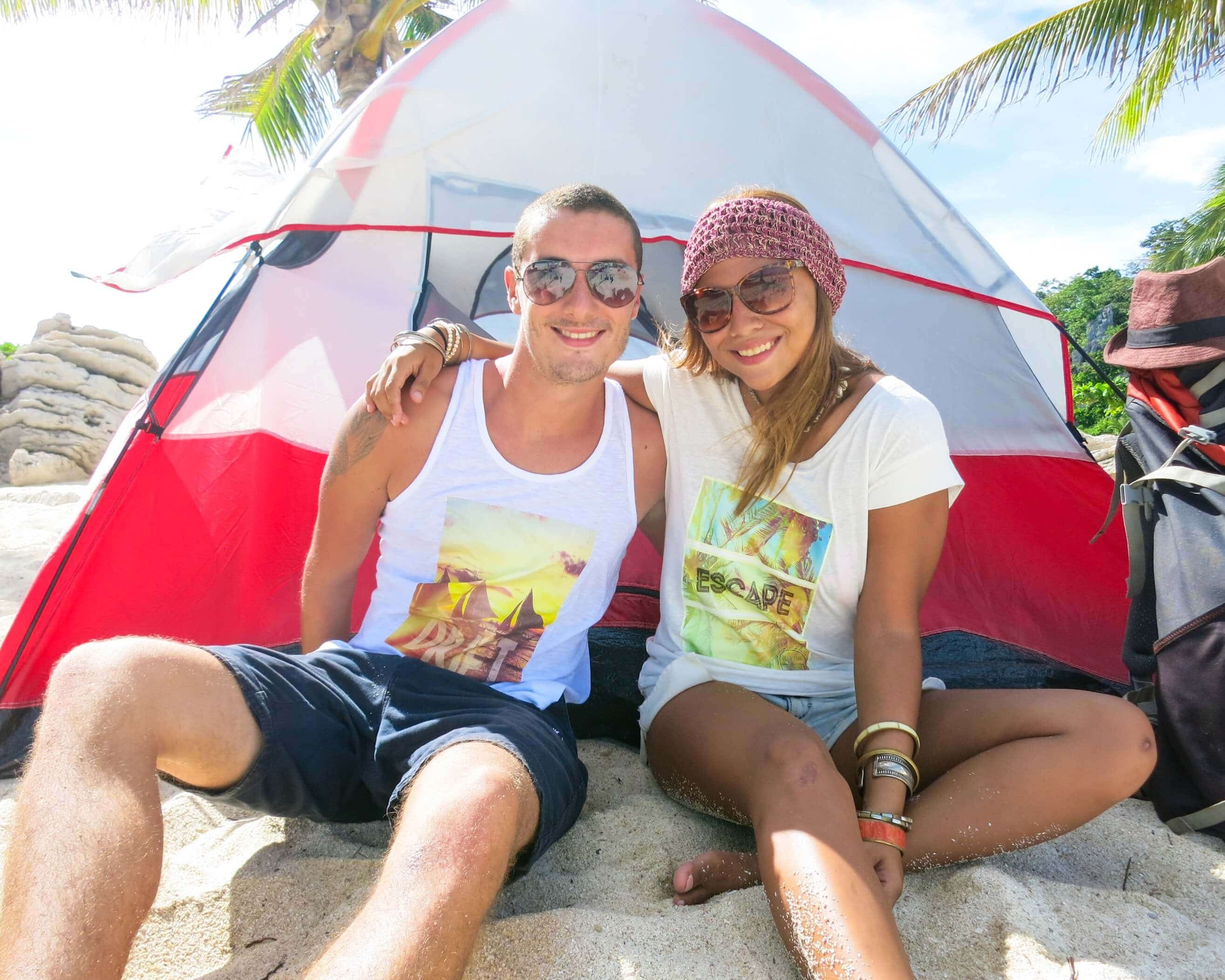 adventure in you top couple travel blogs