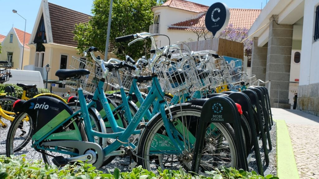 Free bicycles to rent in Cascais