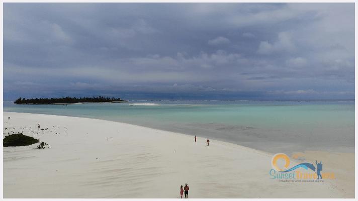 Aitutaki and Honeymoon Island
